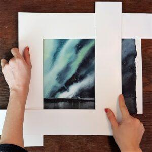 Elisabeth Biströms akvarellskola, om hur man kan testa sin komposition med hjälp av en delad passepartout