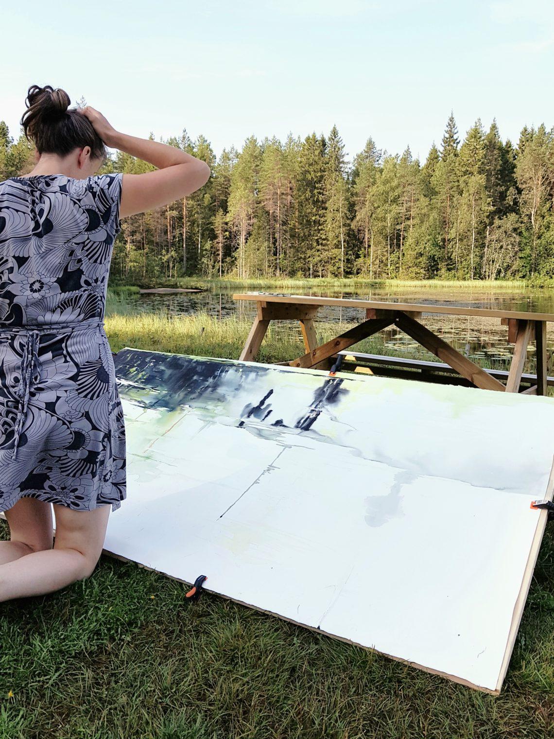 Elisabeth Biström målar akvarell